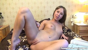 Sultry Redhead Cutie Gets To S