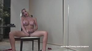 Ana Mancini Valentines Sexy