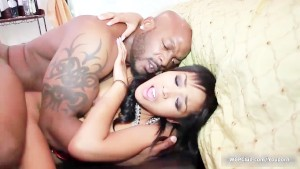 Cute ebony babe goes crazy get