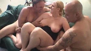 She Loves To Share - Triple X Home Video