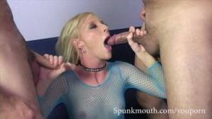 Hot Blonde Alexa Lynn sucks tw