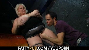 He stuffs his rod into her fat pussy