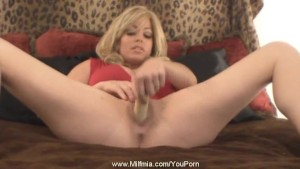Squirt For Me Blonde MILF