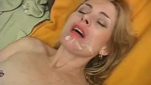 Sexy mature babe Pandora enjoys a facial cumshot