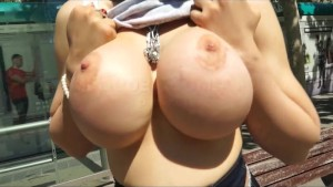 Marta La Croft shows her Big B