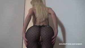 Ana Mancini s sexy body
