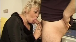 Mature mom is craving for cock