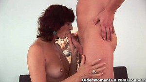 Granny gets a good fuck and creamy facial