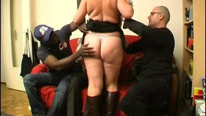 He watch his BBW wife Lola fucking with others