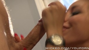 Rilynn Rae gets seduced by new bf