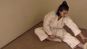 Karate girl trains her pussy -