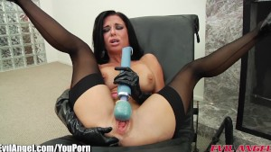 EvilAngel Veronica Avluv Solo Squirting
