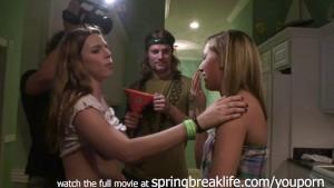 srping break house flashing real amateur teens