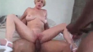Sensual Threesome Interracial Fucking And Cumming