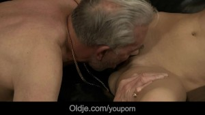 Old man visit to friend ends with fucking young babe ass