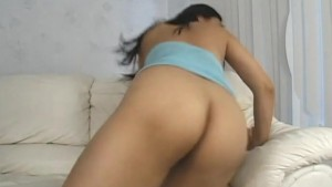 Alluring Asian chick enjoys be