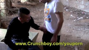 Jess ROYAN sucked his big dick by a latino boy
