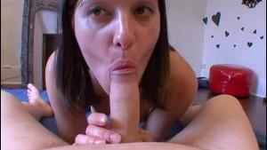 Elle a tout le temps envie de jouir. Elle a 3 orgasmes !! French amateur