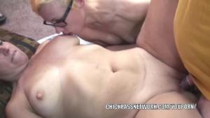 Blonde slut Shelly shares a cock with curvy MILF Liisa