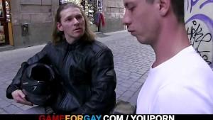 Muscle biker is seduced by a homo