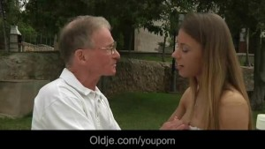 Big boned oldman drills Nikky s young ass and pussy