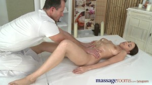 Massage Rooms Shy sexy brunette has a squirting orgasm before a full facial