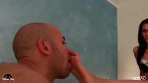 UNP023-Bath Feet - Footfetish From Italy-HD Preview