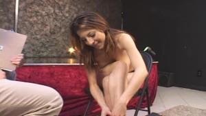 Teen Dancer Struts Her Hot Body