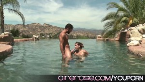 Airerose Horny Teen Zoey Filmed Fucking Outdoors