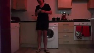 Sneezing Ian s Sneezing and Flip Flops Fetish Video (14)