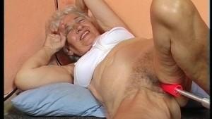 77 year old Grandma scewed with fuckmachine