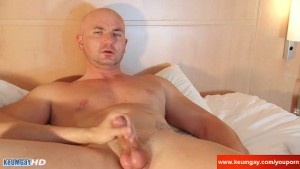 Real straight guy casting! He gets wanked his big cock by us ! (Alexis)