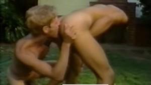 Sexy California Boys Fuck Outdoors - HOT SPLASH (Toby Ross, 1985)