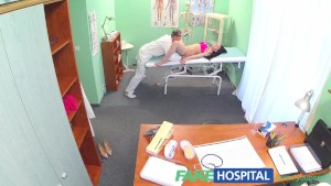 FakeHospital Doctors cock persuades sexy patient not to have unneeded operation