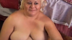 Big beautiful blonde BBW gets