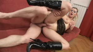 She Lives To Suck That Cock - Vipro CZ
