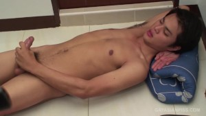 Asian Twinks Piss and Bareback Fuck