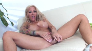 Helly Hellfire plays with herself