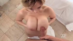 Busty all natural American babe Siri oil massaged and titty fucked