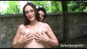 French milf Sophie fucked outdoor