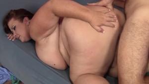 Big boobed mature BBW Lady Lyn