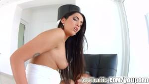Asstraffic Lauen Minardi in hardcore anal scene