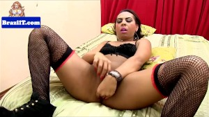 Latina tranny jerking and show