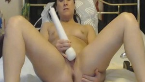 Horny Babe Squirts on Cam