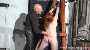 Swedish amateur submissive Vic