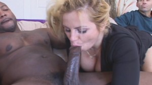 Wife Warms Up Fast With New Cock