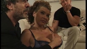 Anal 3some For MILF Swinger