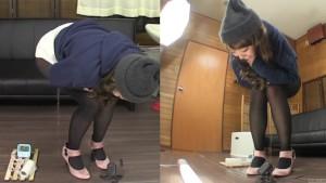 Subtitled amateur Japanese pee