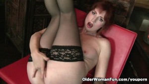 Redheaded milf Amber Dawn look