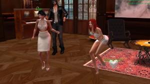 Fred, Aude et Xena qui danse dans le Clud d Alaura